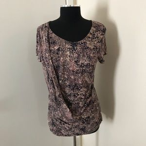 Daisy Fuentes Multi- Colored Top. Size Large.